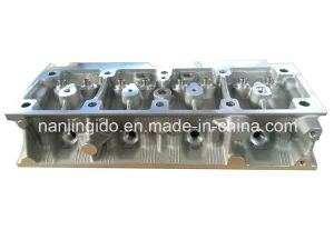Auto Engine Parts for Renault Supercinco Cylinder Head 7700715244 pictures & photos