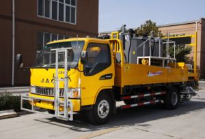 New Cold Solvent Road Marking Truck for Sale pictures & photos