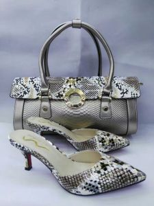 New Design High Heel Slipper and Snake Pattern Bags (G-21) pictures & photos