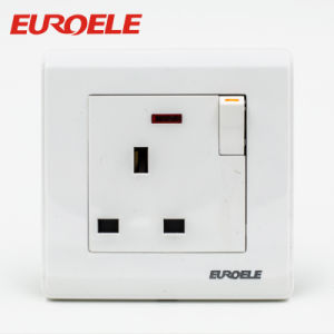 UK British Type 86*86mm 250V/13A Single Wall Switched Socket pictures & photos