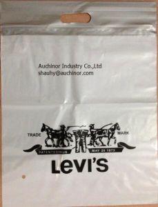 Plastic Die Cut Carrier Bag Door Knob Die Cut Bag Patch Handle Bag Poly Die Cut Bag Boutique Bag Poly Handle Bag Shopping Bag Garment Bag Carrier Bag pictures & photos