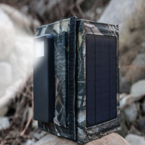 8W 4000mAh Foldable Power Bank Folding Solar Panel External Backup Battery Charger pictures & photos