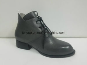 Lady Leather Tie Lace Pointed Restoring Ancient Ways Ankle Boots pictures & photos
