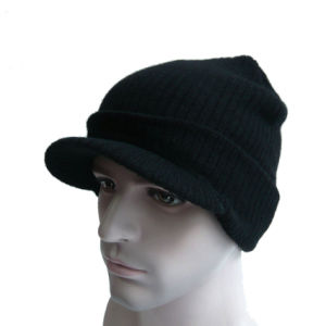 Multi Color High Quality Knitted Hat with The Brim pictures & photos