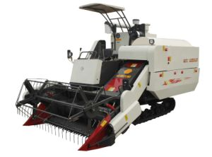 Combine Harvester of 4lz-4.0z for The Harvesting pictures & photos