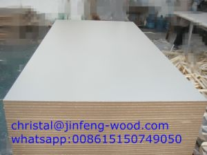 1220*2440mm MDF Board Price From China Manufacturer Red Melamine MDF pictures & photos