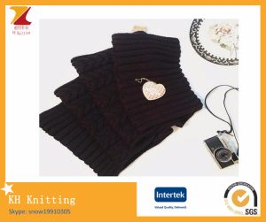 2016 Winter New Style Jacquard Warm Scarf pictures & photos