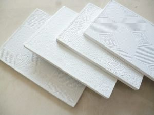 2′ *2′ PVC Laminated Gypsum Ceiling Tiles (Design 998) pictures & photos