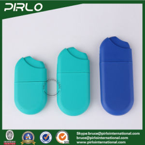10ml 15ml 20ml Teal Color Plastic Perfume Bottles Empty Cheap Credit Card Hand Sanitizer Atomizers pictures & photos