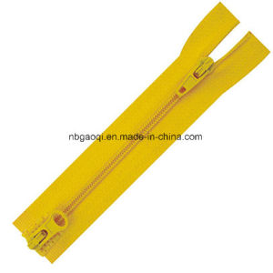 Factory Price #5 Long Chain Nylon Zipper with Custom Color pictures & photos