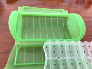 Lekue Same Silicone Mold Type Clear Mini Steam Case (EF-2172) pictures & photos