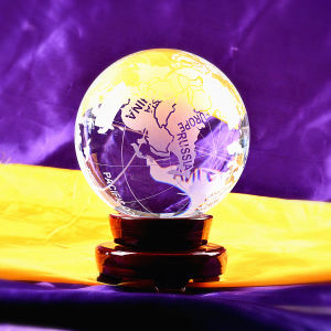 120mm Crystal Glass World Ball Earth Globe for Business Gift pictures & photos
