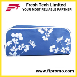2017 New Fashion Ladies Promotional Gift Cosmetic Bag pictures & photos