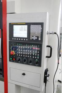 Milling Machine Vmc1260 Aluminum Profile CNC Machining Center pictures & photos