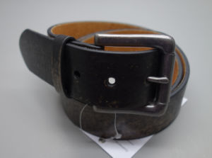 New Fashion Vintage Style Men′s Leather Belt (EUBL1408-40) pictures & photos