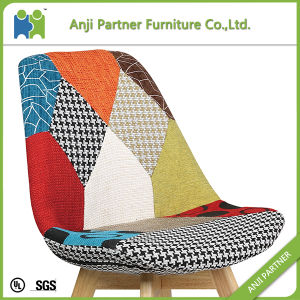 Colorful Cover Traditional Style Leisure Wooden Base Chair (Kammuri) pictures & photos