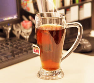 Lead Free Glass Cup Drinking Glass Beer Cup with Handle pictures & photos
