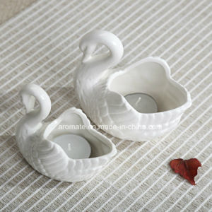Swan Shped White Ceramic Candle Holder (CC-01) pictures & photos