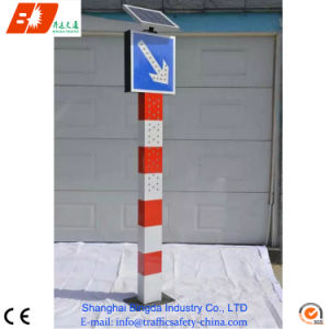Solar Powered Warning Bollards pictures & photos