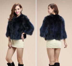 Women′s Winter Warm 100% Raccoon Fur Short Coat Simple Fashion Style