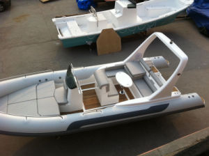 Liya 22 Feet Inflatable Rib Boat with Center Console pictures & photos