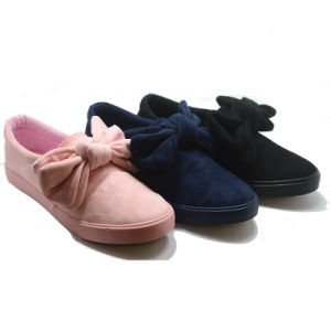 Bowknot Style High Quality Vulcanization Injection Student Shoes pictures & photos