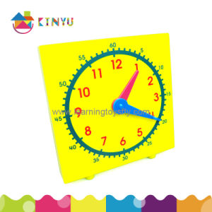 Plastic Geared Demonstration Clock for Students (K007) pictures & photos