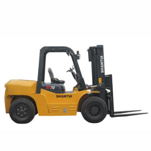 Chinese High Quality Heavy Duty 7ton All Terrain Forklift pictures & photos