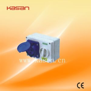 Newest Type IP44 Industrial Plug & Socket, Socket with Interlock Switch pictures & photos