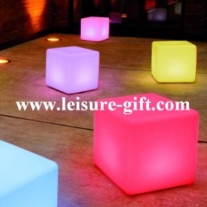 Fo-8541 LED Cube Bench pictures & photos