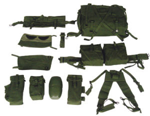 UK Style Canvas Army Military Backpack Sets in Olive Green (RS03-04A) pictures & photos
