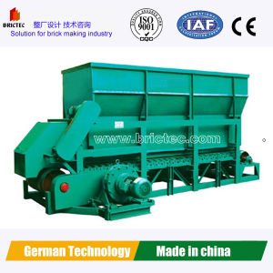 Box Feeder for Making Fired Clay Roof Tile pictures & photos