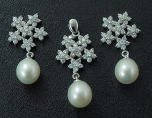 New Fashion Silver Jewelry Set/ Freshwater Pearl Pendant and Earring pictures & photos