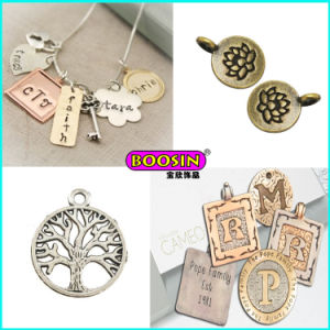 Custom Made Alloy Wholesale Cheap Love Mom Silver Necklace Pendant pictures & photos