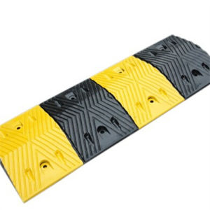 Yellow/Black Recycled Plastic Speed Bumps pictures & photos
