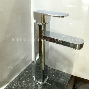 Sanitary Ware Watermark Round Brass Bathroom Singel Lever Faucet (CG4200) pictures & photos