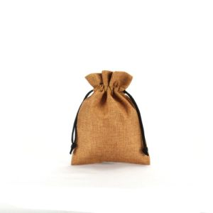 Wholesale Drawsrting Gift Packaging Burlap Bag Cjb1001 pictures & photos