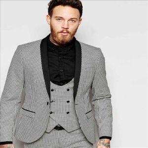 2016 Top Quality European Style Slim Fit Tuxedo Men Suit pictures & photos