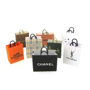 High Quality Paper Handbags with Printing Custom Artworks pictures & photos