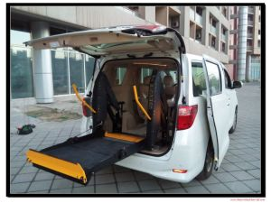 D-880u-1150 Automatic Wheelchair Passenger Lift for Van with CE Certificate with Loading 350kg pictures & photos