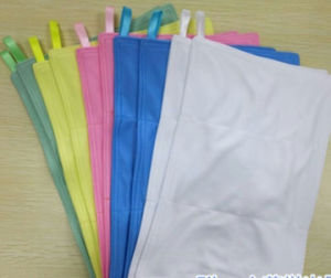 Thickened Autoclavable 4 Layers Pharma Use GMP Wiper pictures & photos
