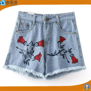 2017 Summer Fashion Women Embroidery Shorts Cotton Short Jeans pictures & photos