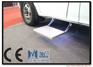 Electric Aluminumfolding Step for Motorhome with CE Certificate and Loading 250kg pictures & photos
