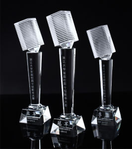 Crystal Microphone Trophy for Music Competition Souvenir pictures & photos