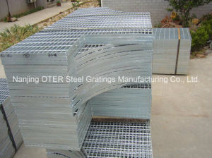 Irregular Galvanized Steel Grating pictures & photos