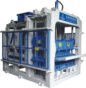 Qt10-15 Foam Concrete Block Machine pictures & photos