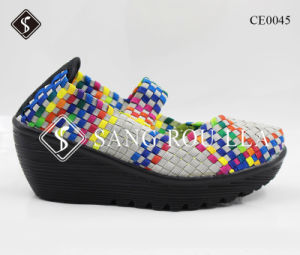 Fashion Wedge Heel Women Weave Walking Shoes pictures & photos