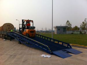 Hydraulic Yard Ramp / Ramps / Ramp / Dock Ramp / Dock Loading pictures & photos