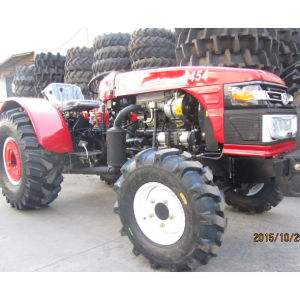45HP 4WD Garden/Orchard Tractor Made in China CE Certifited pictures & photos