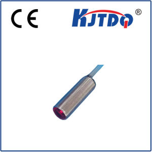 Customized Size M18 Photocell Infrared Diffuse Sensor pictures & photos